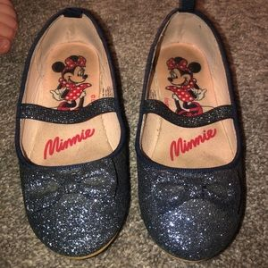 Girls 8T sparkly shoes